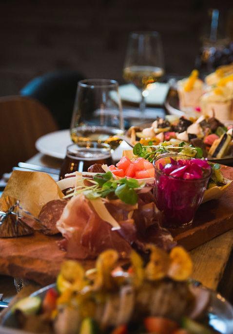 selskap-bord-fæby-mat